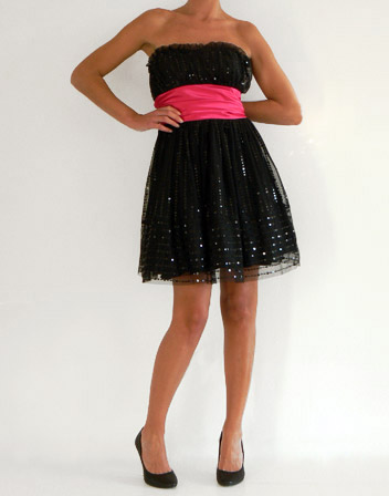 Robe bustier sequins noirs et jupe evasee