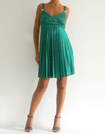 6d8bfc396c1 Location robe courte plissée vert
