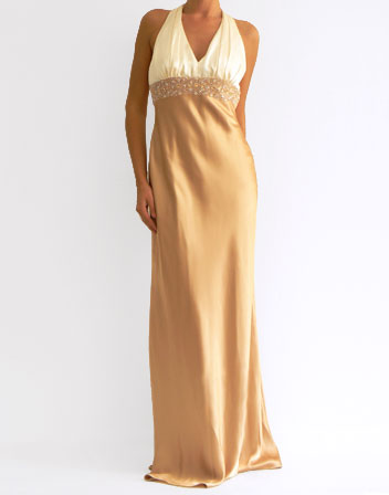 great blog robe robe longue en satin beige. Black Bedroom Furniture Sets. Home Design Ideas