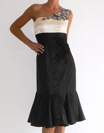 Location robe ELEGANCE, location robes de createurs pour vos soirees ... 7c5e9d8665d6