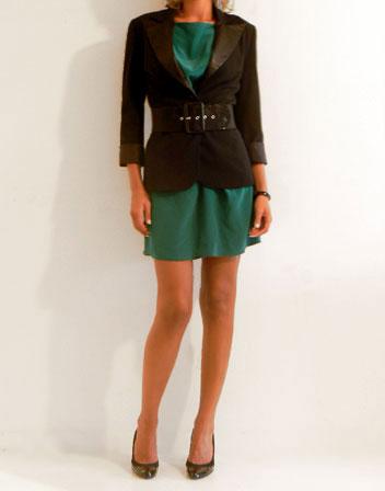http://www.tenuedunsoir.com/img/photos/robes-mi-longues/robe-soie-vert-bash/robe-soie-vert-bash-5.jpg