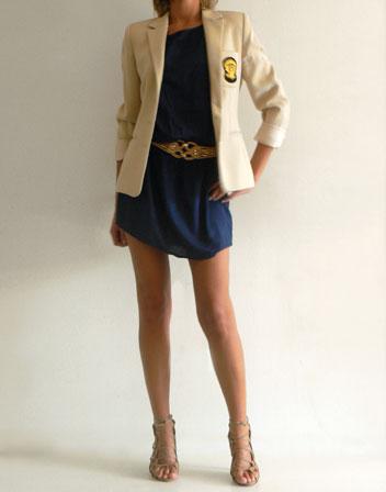 Robe bleu chaussure beige